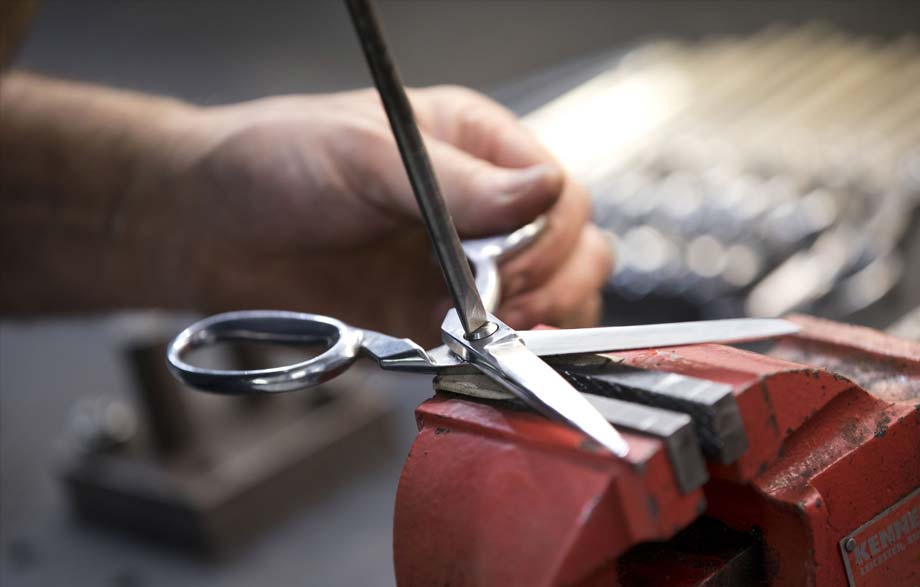 scissor manufacture